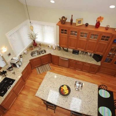 Kitchen overhead